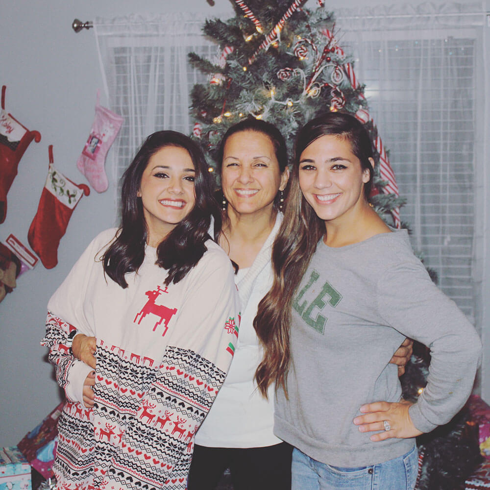 Ruby with her mother and sister